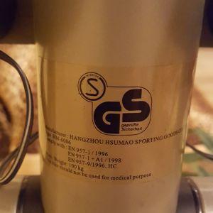 Πωλείται ελλειπτικό μηχάνημα καινούργιο και αμεταχειριστο χρώματος ασημί. Περιοχή Αθήνα.  Τηλέφωνο επικοινωνίας 6972323705 Δήμητρα