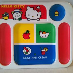 Hello Kitty's Δίσκοι φαγητού (2) - Sanrio 1976