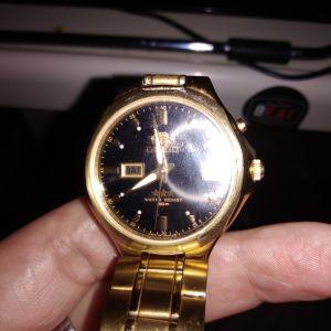 πωλούνται σπάνια ρολόγια σε καλή τιμή