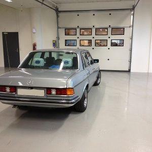 Mercedes-Benz E280  βενζινη ιστορικο