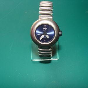 Ρολόι χειρός γυναικείο FASΤ - Made in Japan με μεταλλικό μπρασελέ...!!