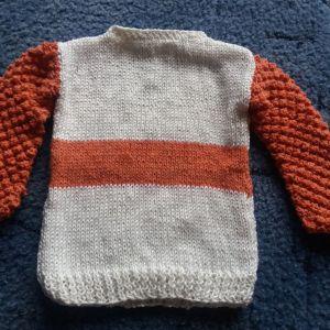 Χειροποίητο πλεκτό πουλόβερ