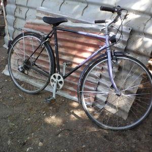 τρια ποδηλατα