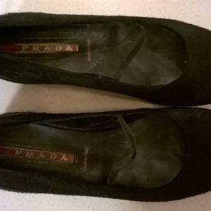 Παπούτσια γυναικεία Prada