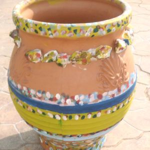 πιθάρι για διάφορες χρήσεις, ύψος ζωγραφισμένο και με φυσικά πετραδάκια