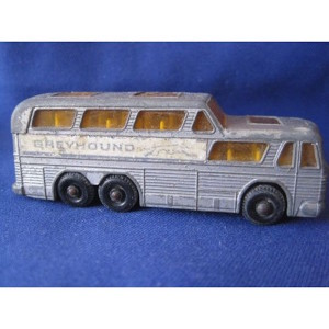 MATCHBOX No 66 COACH MADE ENGLAND BY LESNEY