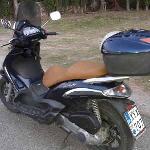 Beverly tourer 300cc 7/2010