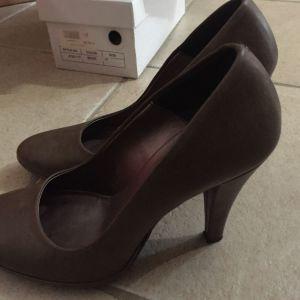 Γυναικεία παπούτσια 38 γόβες