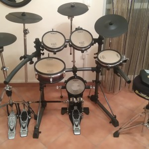Πωλείται V-Drums Roland TD-6V