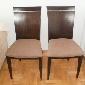 Τραπεζαρία και καρέκλες