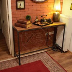 τραπέζι διακοσμητικό σαλονιού με σιδερένια πόδια-350 €