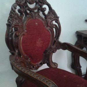 Καρεκλες σκαλιστες, χειροποιητες,απο μασιφ ξυλο τριανταφυλλιας