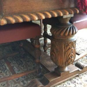 τραπεζαρια καρυδια μασιφ ξυλογλυπτη +2μπουφε (μικρο-μεγαλο)+1μπαρ του 1900