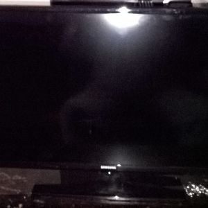SAMSUNG led tv model un32eh4003w{Για ανταλακτικα..}