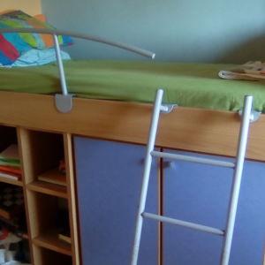 Παιδική σύνθεση, κρεββάτι με ράφια & ντουλάπα
