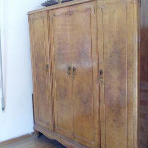 ντουλαπα δεκαετιας 1950 απο ξυλο λουπο