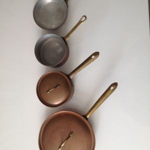 Παλιά τηγάνια και κατσαρολάκια χάλκινα