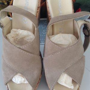 δερματινα παπουτσια ανατομικα ολοκαινουργια νο 38