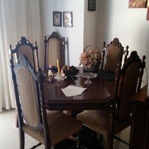 Τραπεζαρία Καρυδιά  με 6 καρέκλες