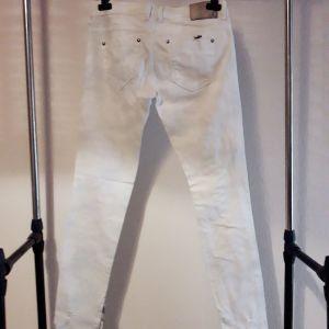 Γυναικείο παντελόνι Νούμερο 27