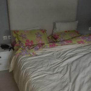 Διπλο κρεβάτι με δερματινη επενδυση