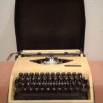 Γραφομηχανή Ξενόγλωσση vintage 1968