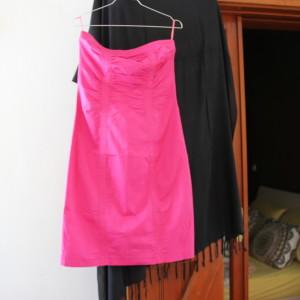 φούξια στράπλες φόρεμα μίντι