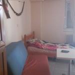 Τραπεζαρία στο χρωμα της κερασιάς διαστασεων 1,40x1,10 με 4 καρέκλες
