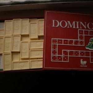 domino (15x15εκ,)