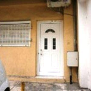 ενοικιαζεται ισογειο διαμερισμα μετεωρα 2 δωματια σαλοκουζινα μπανιο, ατ.θερ. φ.αεριο. a/c. 230 ευρω.