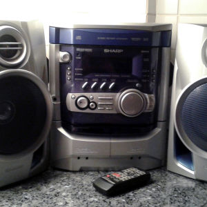 Στερεοφωνικο - cd player SHARP 3 disc DP900H