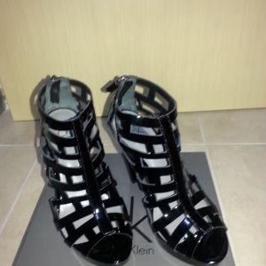 παπούτσια  επώνυμα και μη αφόρετα κάποια και άριστη κατάσταση τα υπόλοιπα
