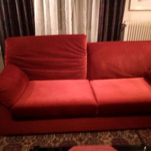 Δύο ολοκαίνουργιοι καναπέδες - Τριθέσιος 2,00 μ. και Διθέσιος 1,60 μ.