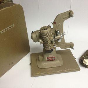 Μηχανή προβολής  GB Bell & Howell AXΡΗΣΙΜΟΠΟΙΗΤΗ !!