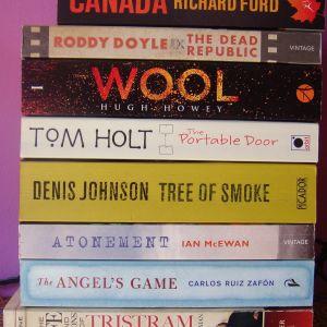 Πωλούνται 7 αγγλόφωνα βιβλία λογοτεχνίας, σε εξαιρετικά χαμηλή τιμή!!